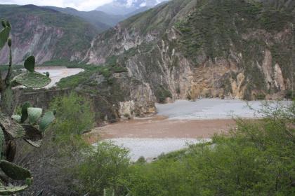 1-landschaft-zwischen-cusco-und-nazca-011