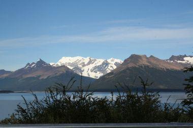 Schneeberge am Horizont