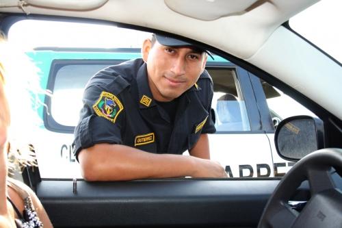 Freundlicher Polizist